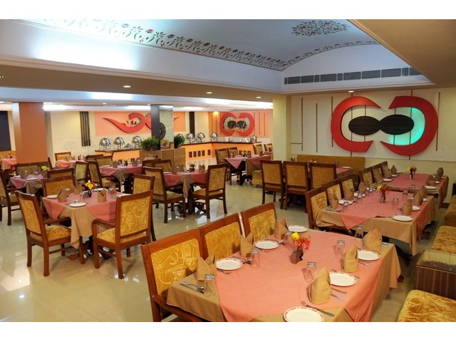 Ethnic village resort in Triangle Tour India, Secure family resort in jaipur Rajasthan